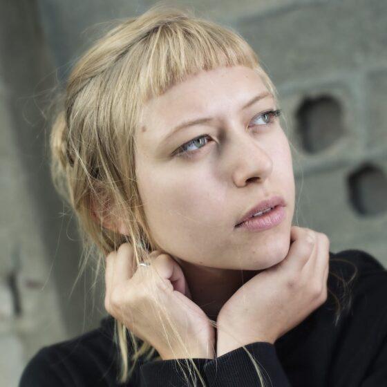 Lucie Dordoigne, tour manager
