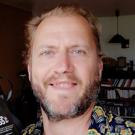 Paco Bialek, international tour management